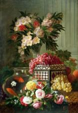 Натюрморт с цветами, фруктами и красными рыбками в аквариуме