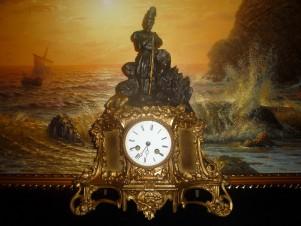 Cтаринные каминные часы