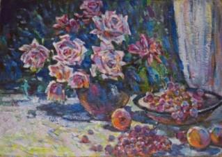 Натюрморт с розами и виноградом