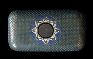 Табакерка серебрянная с эмалью и позолотой