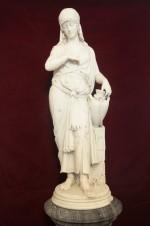 Мраморная скульптура «Ребекка у колодца»