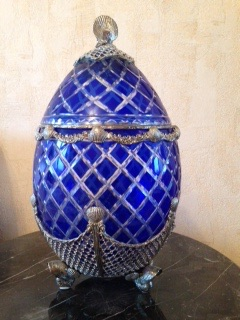 Антикварное яйцо