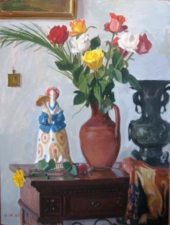 Натюрморт с цветами и куклой