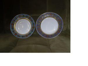 ИФЗ. Пара тарелок из Готического сервиза.