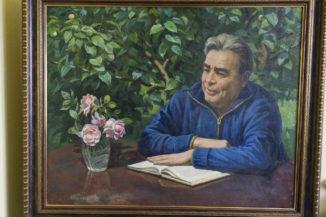 Всегда за работой Л.И. Брежнев
