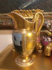 Молочник с изображением набережной Санкт-Петербурга