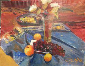 Натюрморт с цветами и виноградом