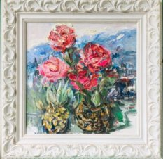 Розы и ананас зимой