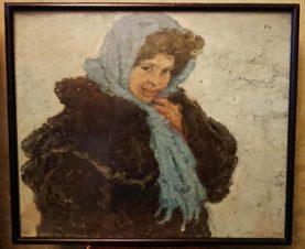 Девушка в голубой шали