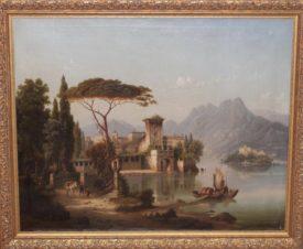 Замок на берегу горного озера