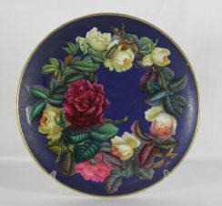 Большая тарелка с цветочным натюрмортом