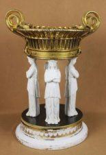ваза с кариатидами в стиле ампир