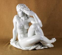 фарфоровая статуэтка «Купальщица»