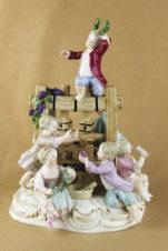 Фарфоровая статуэтка Дети-виноделы