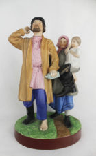 фарфоровая статуэтка «Возвращение из кабака»