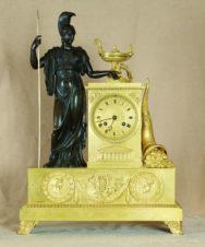 Старинные каминные часы с боем в стиле ампир «Древнегреческая богиня Фортуна с рогом изобилия»