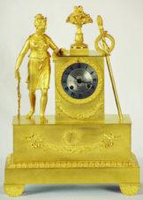 Часы бронзовые каминные «Диана» в стиле ампир