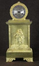 Старинные каминные часы с боем