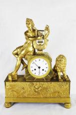 Старинные каминные часы с боем в стиле ампир «Орфей, играющий на лире»