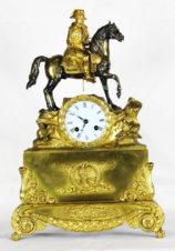 Cтаринные каминные часы с боем «Наполеон на коне»