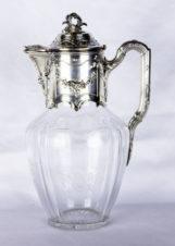 Кувшин серебряный с хрусталем с изображением цветочных гирлянд