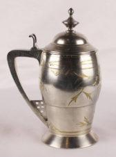 Серебряная пивная кружка с крышкой
