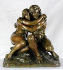 Старинная скульптура «Адам и Ева»