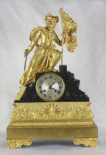 Старинные каминные часы с боем «Аллегория Свободы»