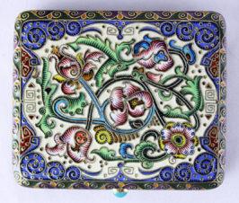 Портсигар, украшенный расписной эмалью