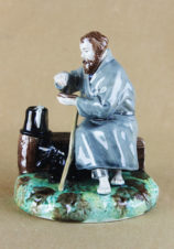 Поставщик Двора Его Императорского Величества Фаянсовая статуэтка «Путник»