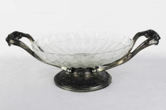 Старинная серебряная ваза для фруктов
