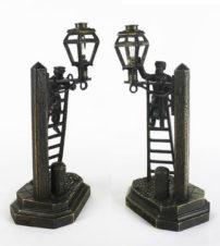 Антикварные парные бронзовые скульптуры «Фонарщики»