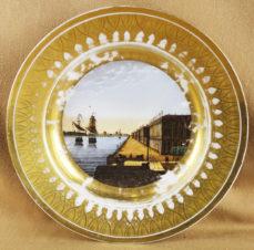 Декоративная тарелка «Вид Дворцовой набережной в Санкт-Петербурге»