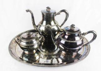 Старинный серебряный чайно-кофейный сервиз из 4 предметов