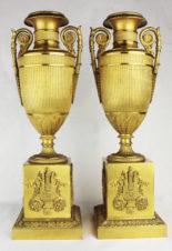 Старинные бронзовые парные вазы (подсвечники) в стиле ампир