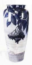 Антикварная ваза в стиле модерн (ар-нуво)