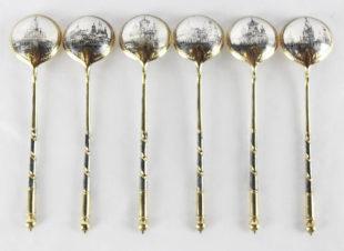 Набор из 6 серебряных ложек с чернью с видами Москвы