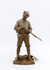 Старинная бронзовая скульптура «Охотник»