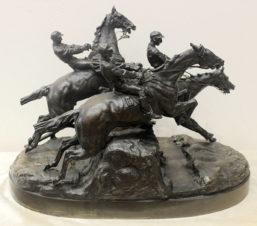 Бронзовая скульптура «Скачки с препятствиями»