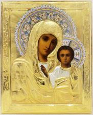 Старинная икона «Богоматерь Казанская» в серебряном окладе с расписной эмалью