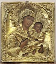 Старинная икона «Богоматерь Тихвинская» в серебряном окладе