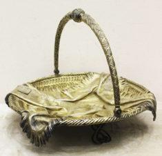 Сухарница в форме плетёной корзины «Салфетка» в русском стиле