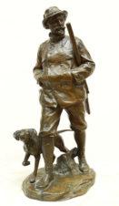 Антикварная бронзовая скульптура «Охотник с собакой»