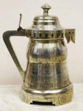 старинная пивная кружка с крышкой в русском стиле