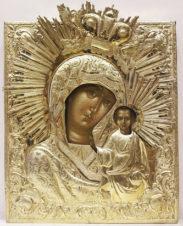 Старинная икона «Богоматерь Казанская» в окладе с венцом и короной