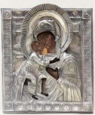 Старинная икона «Богоматерь Феодоровская» в окладе, украшенном пальметтами