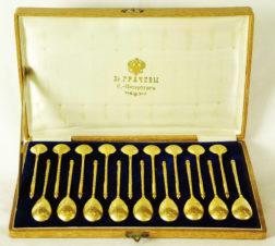 Серебряный набор десертных ложек (18 шт) в оригинальной коробке