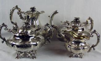 Серебряный чайно-кофейный сервиз из 4 предметов в стиле второго рококо