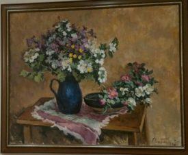 Цветы синем кувшине