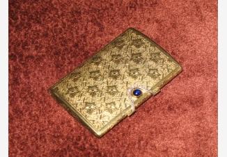 Визитница/табакерка золотая с алмазами и сапфиром